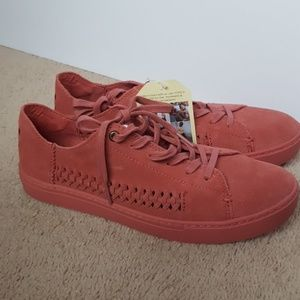 Toms Lenox suede sneaker size 9 NEW